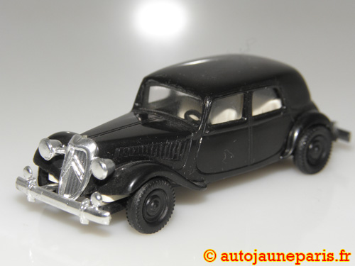 Brekina 11cv traction avant