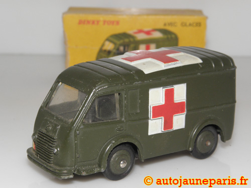 Dinky Toys France Carrier ambulance