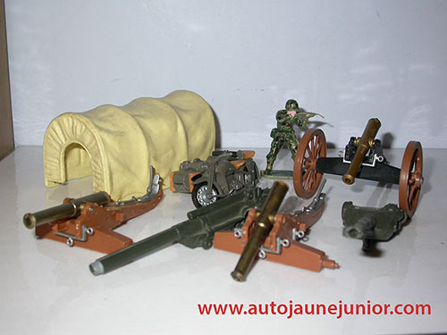 Britains canons et moto side car