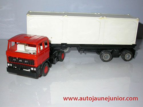 Lion Car tracteur semi container