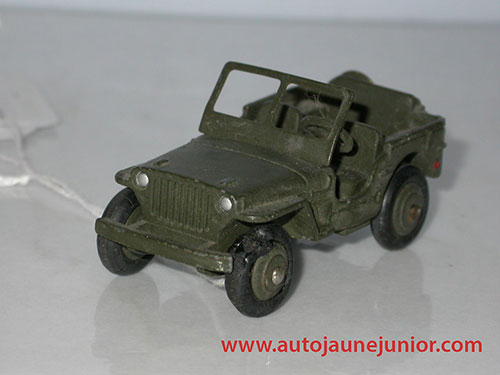 Dinky Toys France jeep militaire