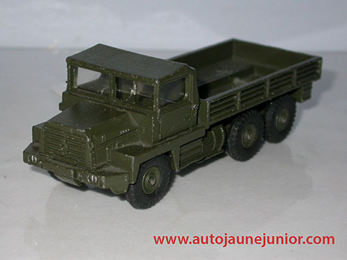 Dinky Toys France Gazelle militaire