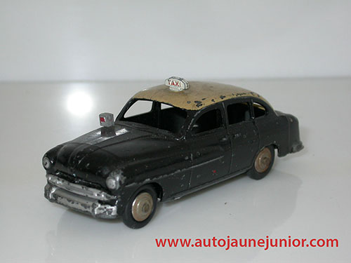 Dinky Toys France Vedette 54 taxi