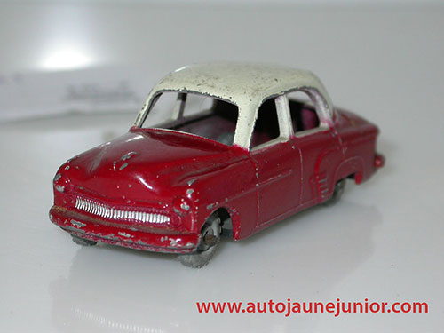 Matchbox Cresta berline