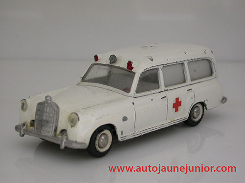 Mercedes 220 ambulance