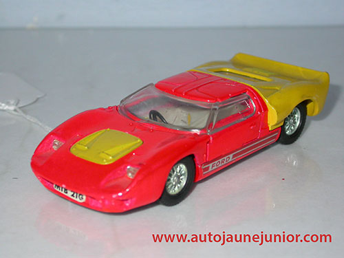 Dinky Toys GB GT40 road version