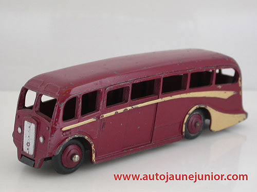 Dinky Toys GB luxury coach