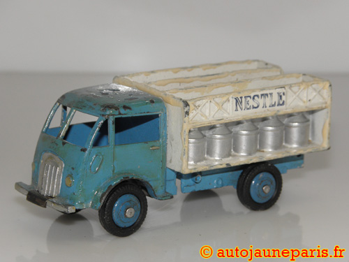 Dinky Toys France camion laitier