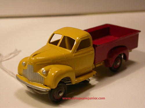 Dinky Toys France camion pick up