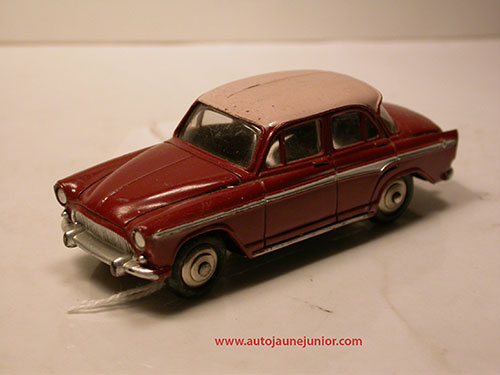 Dinky Toys France P60 berline
