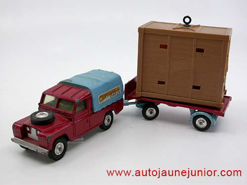 Corgi Toys pick up avec cage éléphant Chiperfields