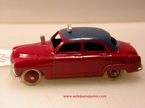 Dinky Toys France Aronde taxi
