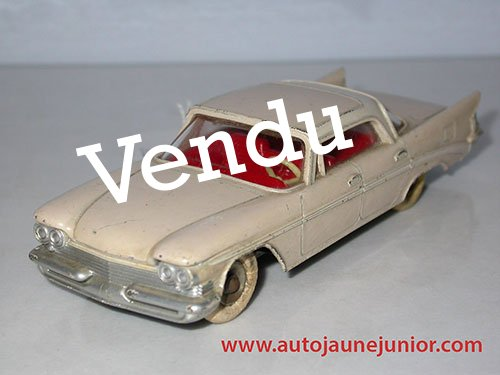 Dinky Toys France Saratoga berline
