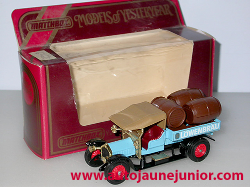 Crossley 1918 beer lorry