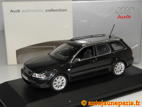 Minichamps RS4